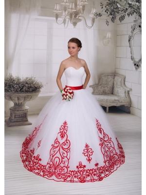 822cc71f6ce Распродажа свадебных платьев